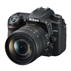 Nikon D7500 + AF-S DX NIKKOR 16-80 mm f/2.8-4E ED VR