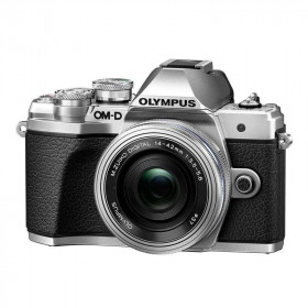 Olympus OM-D E-M10 III Silver + M.ZUIKO 14-42 mm f/3.5-5.6 EZ Pancake