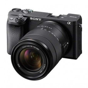 Sony Alpha 6400 Body Black + SEL 18-135mm f/3,5-5,6 OSS   2 Years Warranty